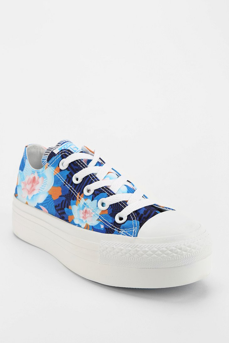 Converse Lowtop Shoes