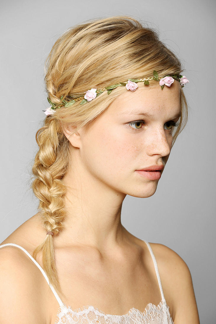 Lyst urban outfitters little roses flower crown headwrap in pink gallery izmirmasajfo