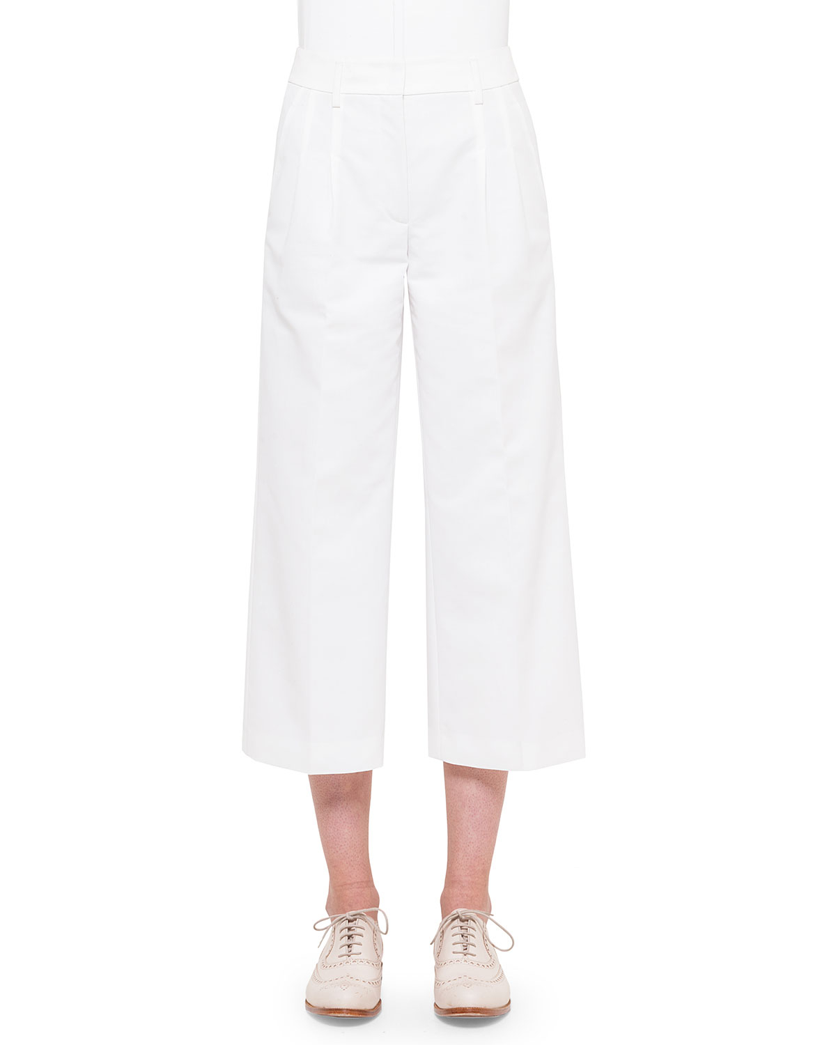 Flowy Wide Leg Pants: Discover chic comfort in our wide leg pants with an all-around elastic waistband and slant pockets. 27