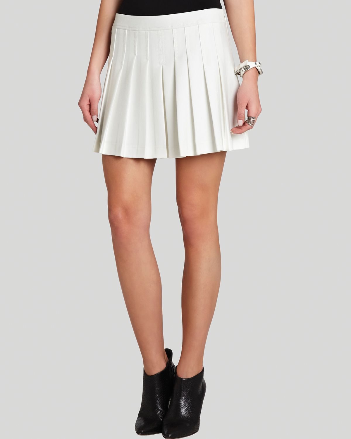 Bcbgmaxazria Mini Skirt Shane Pleated in White | Lyst