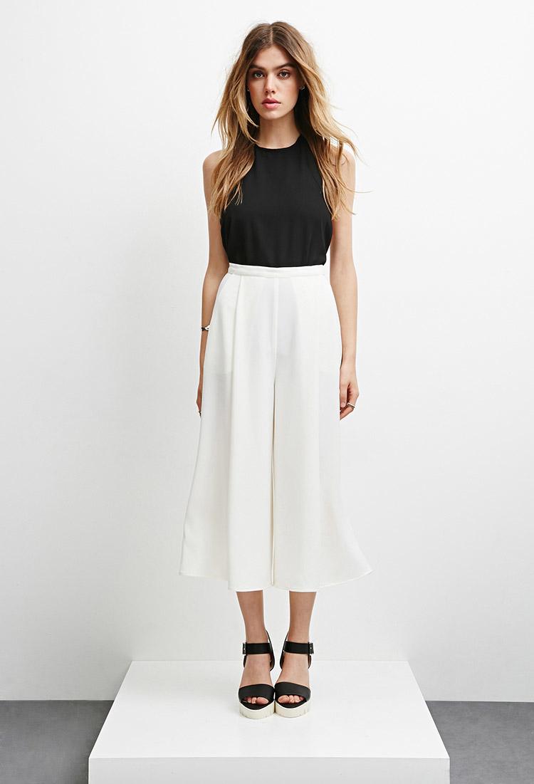 White Sun Clothing Store