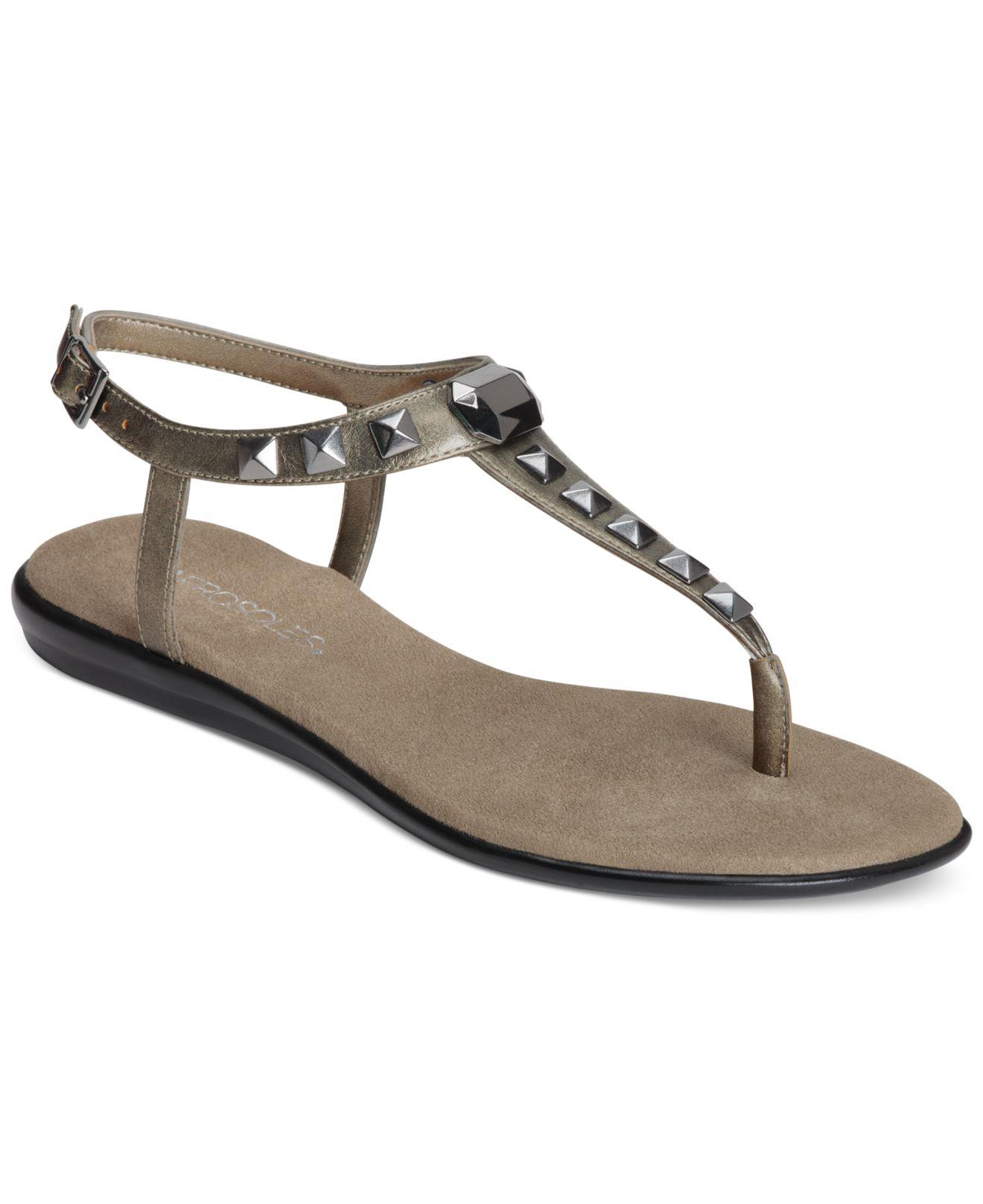 52af7bdd9543 Lyst - Aerosoles Chlose Together Flat Thong Sandals in Metallic