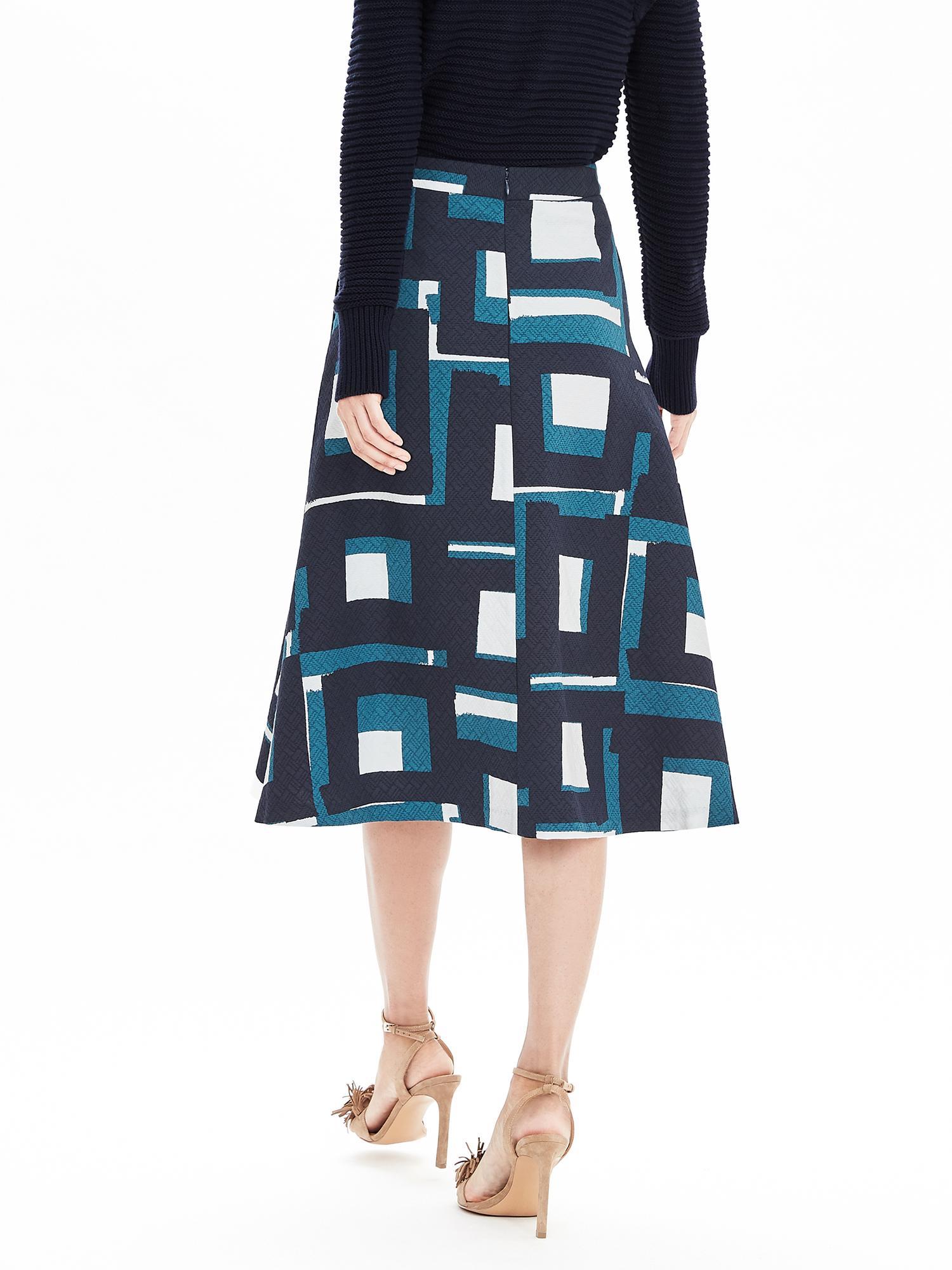 278de44ca7 Banana Republic Geo Jacquard Midi Skirt in Blue - Lyst