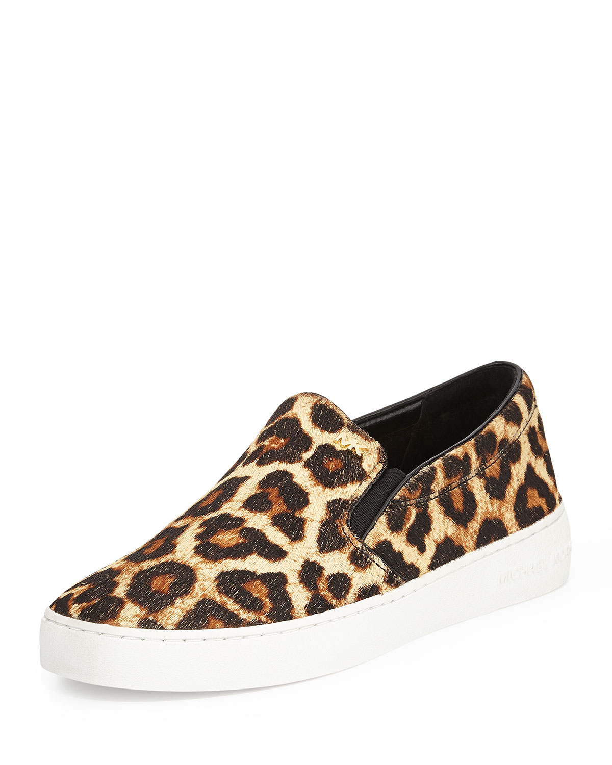 Shop for your next pair of Cheetah Print shoes on Zazzle. Order some of our sneakers, or slip your feet into a pair of our flip flops.