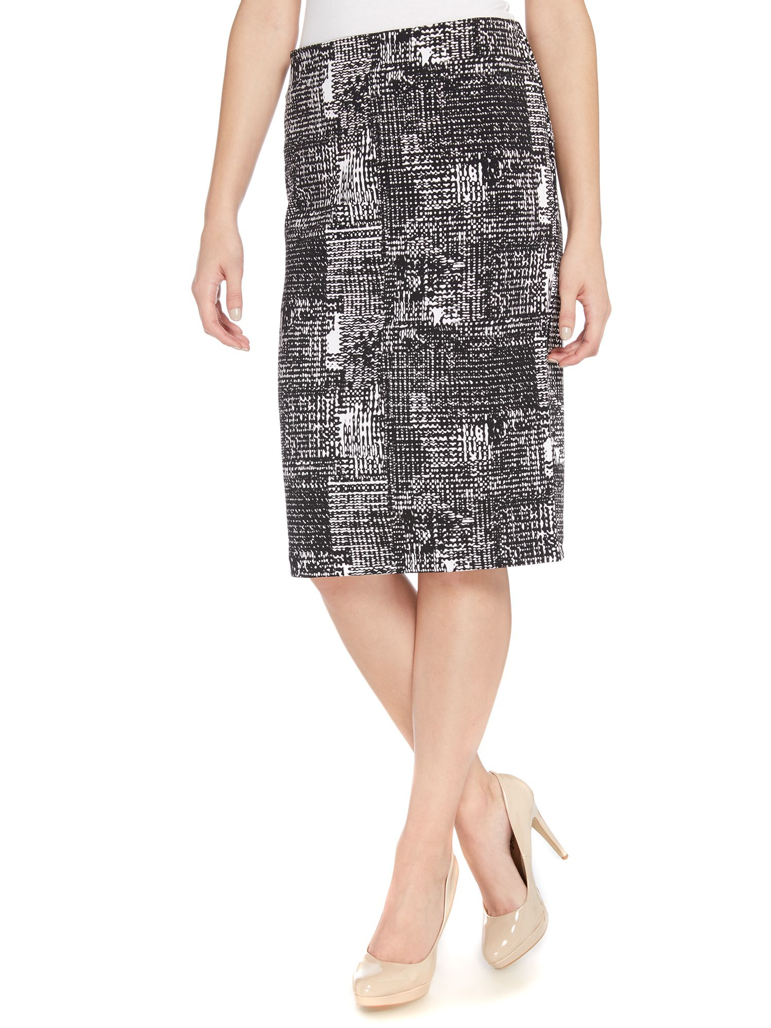 vince camuto pencil skirt in cityscape print in black lyst