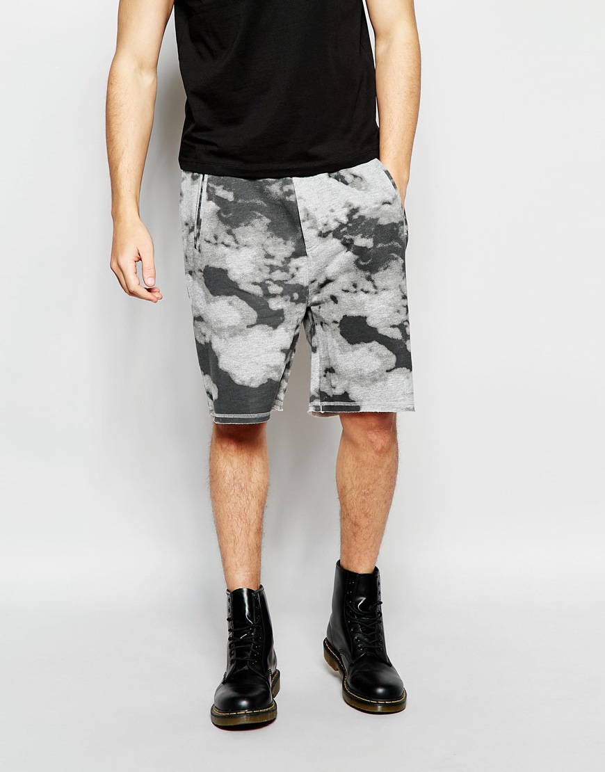 Cheap monday Sweat Shorts Razor Clouds Print In Grey Melange in ...