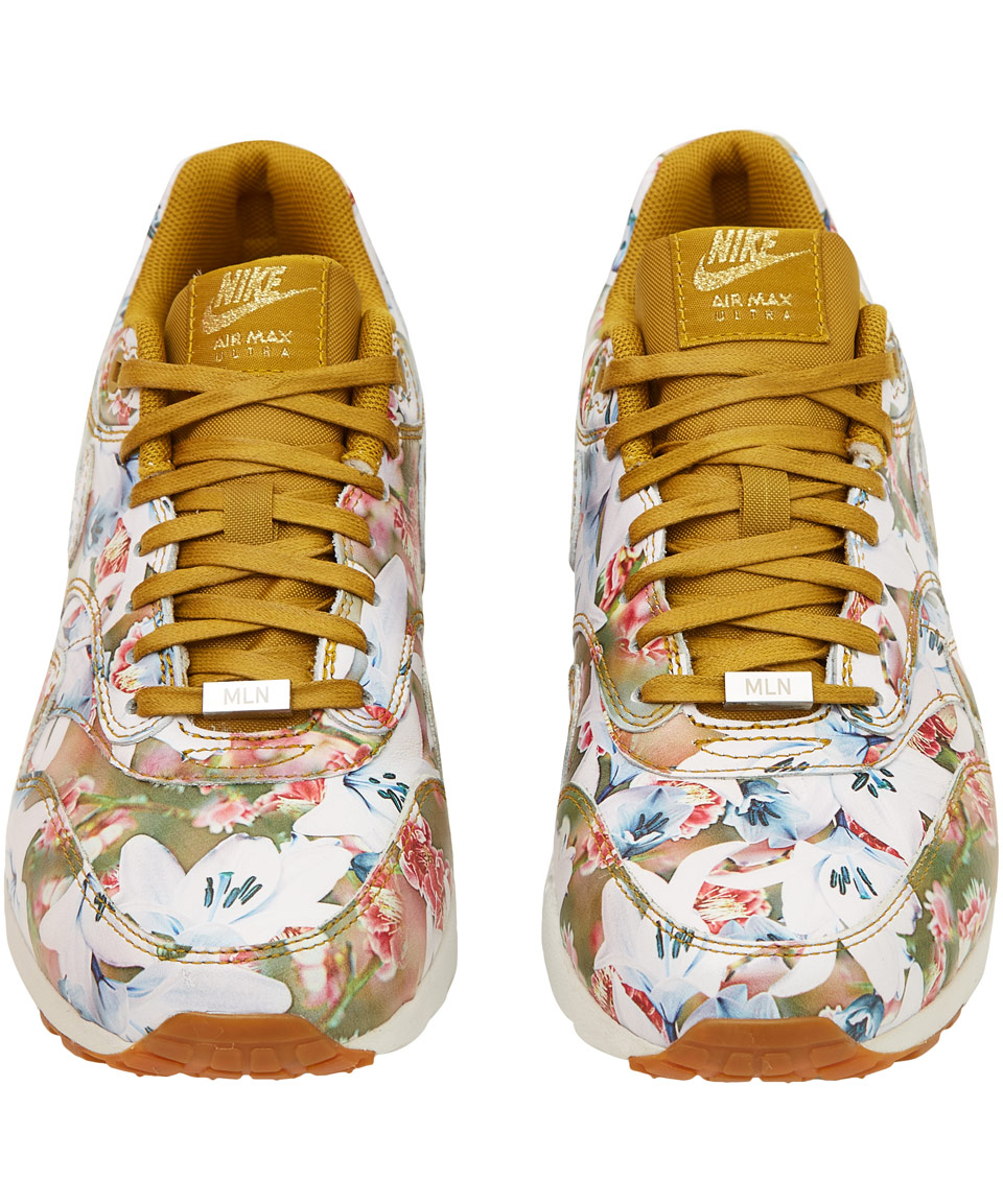 finest selection 1598f 71b61 Gallery. Womens Nike Air Max 1 ...
