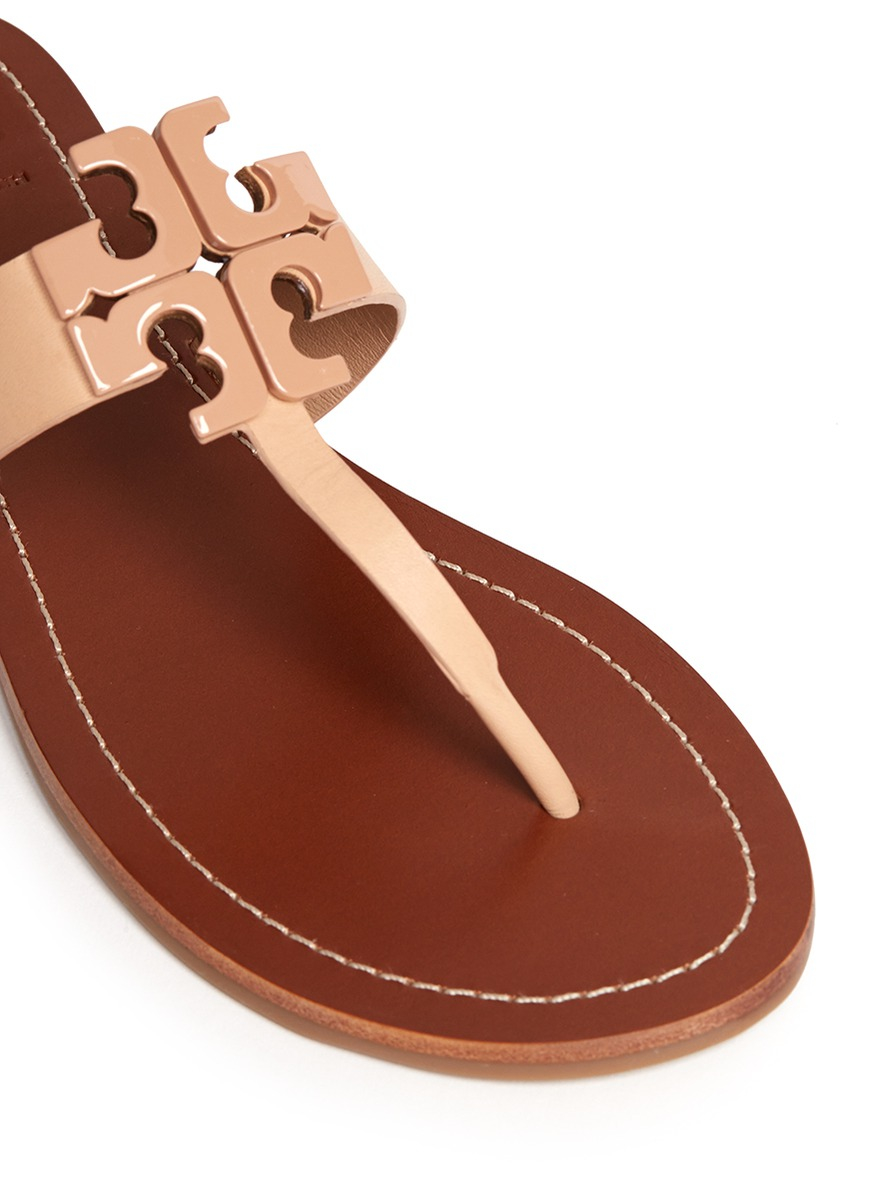 ccfa3951f230 Lyst - Tory Burch  moore  Logo Leather Thong Sandals in Brown