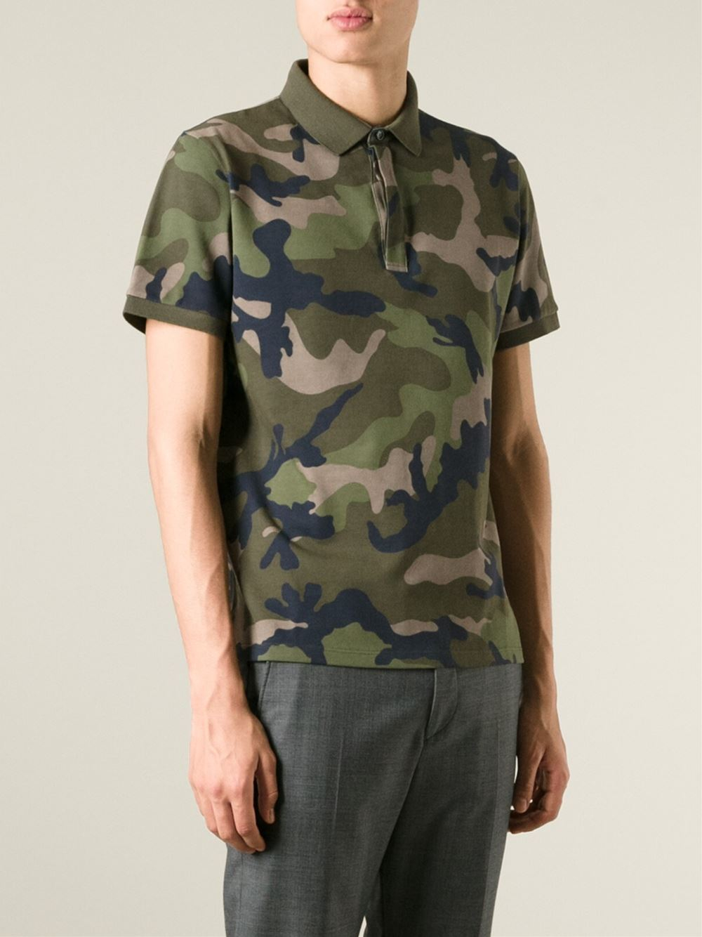 Lyst valentino 39 rockstud 39 camouflage polo shirt in green for Camo polo shirts for men