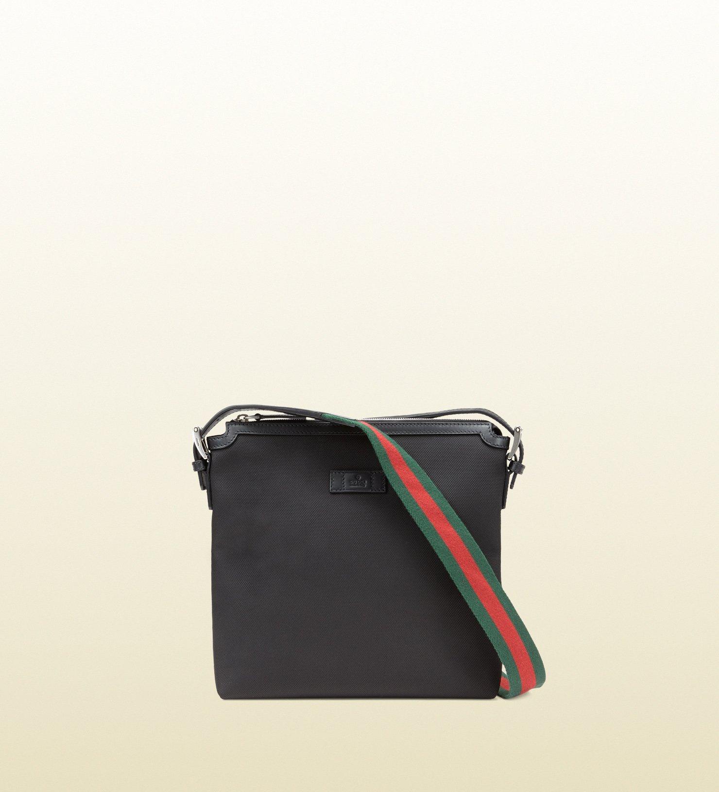 92f72f155677e9 Gucci Techno Canvas Messenger Bag in Black for Men - Lyst