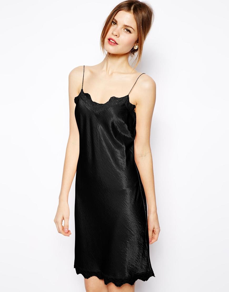Black lace trim satin bodycon dress