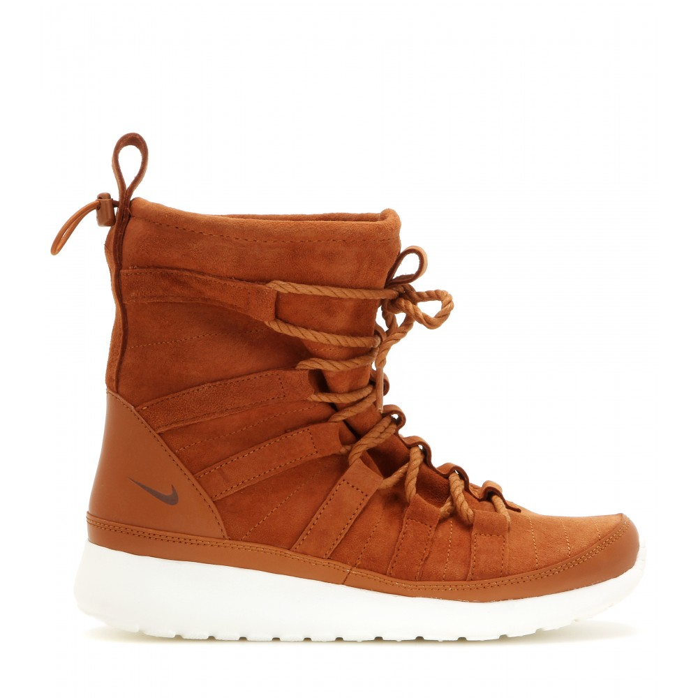 timeless design 47e33 7ce41 Nike Roshe One Hi Suede Boots in Brown - Lyst