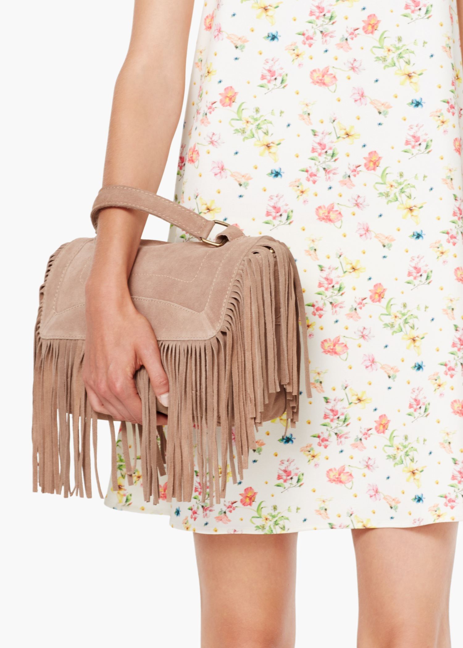 a06b4330d6c18 Lyst - Mango Fringed Suede Bag in Natural