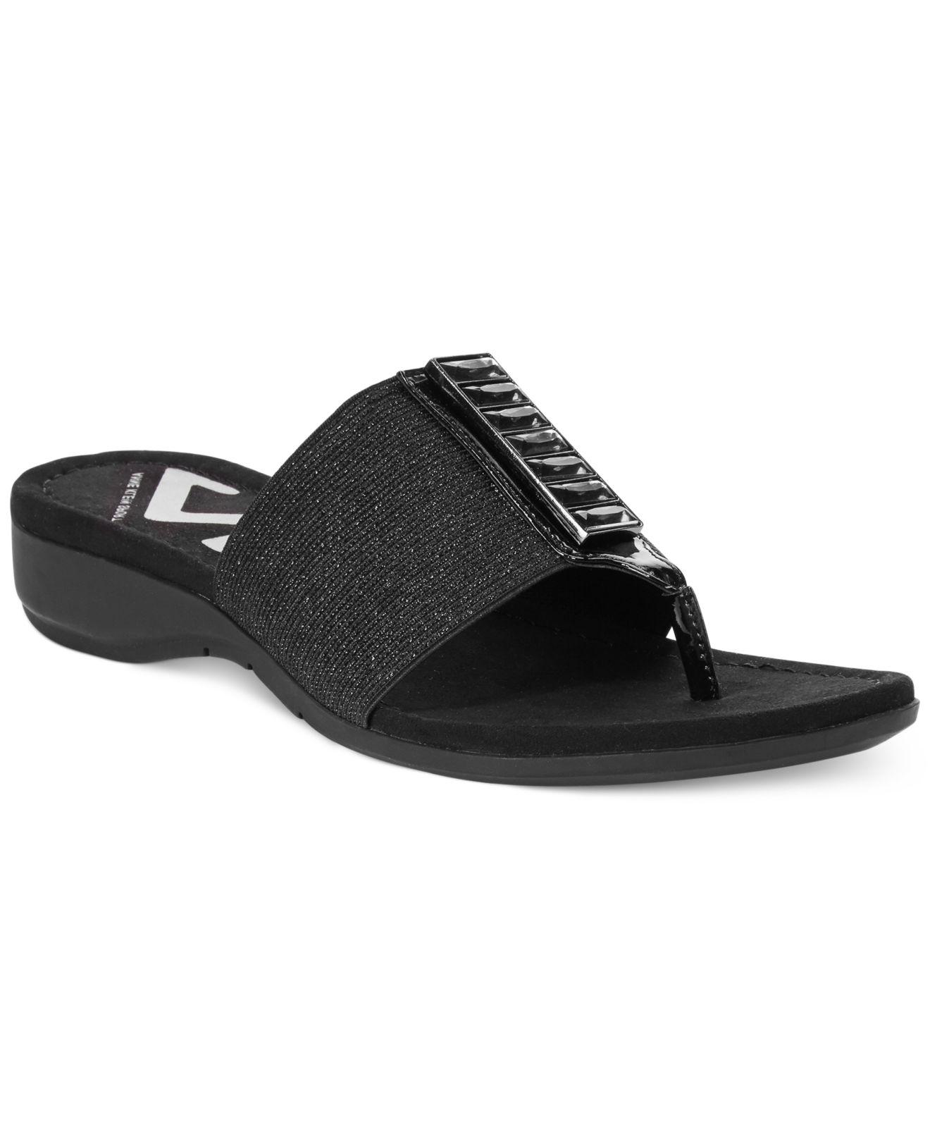 Lyst Anne Klein Ak Knohow Sport Thong Sandals In Black