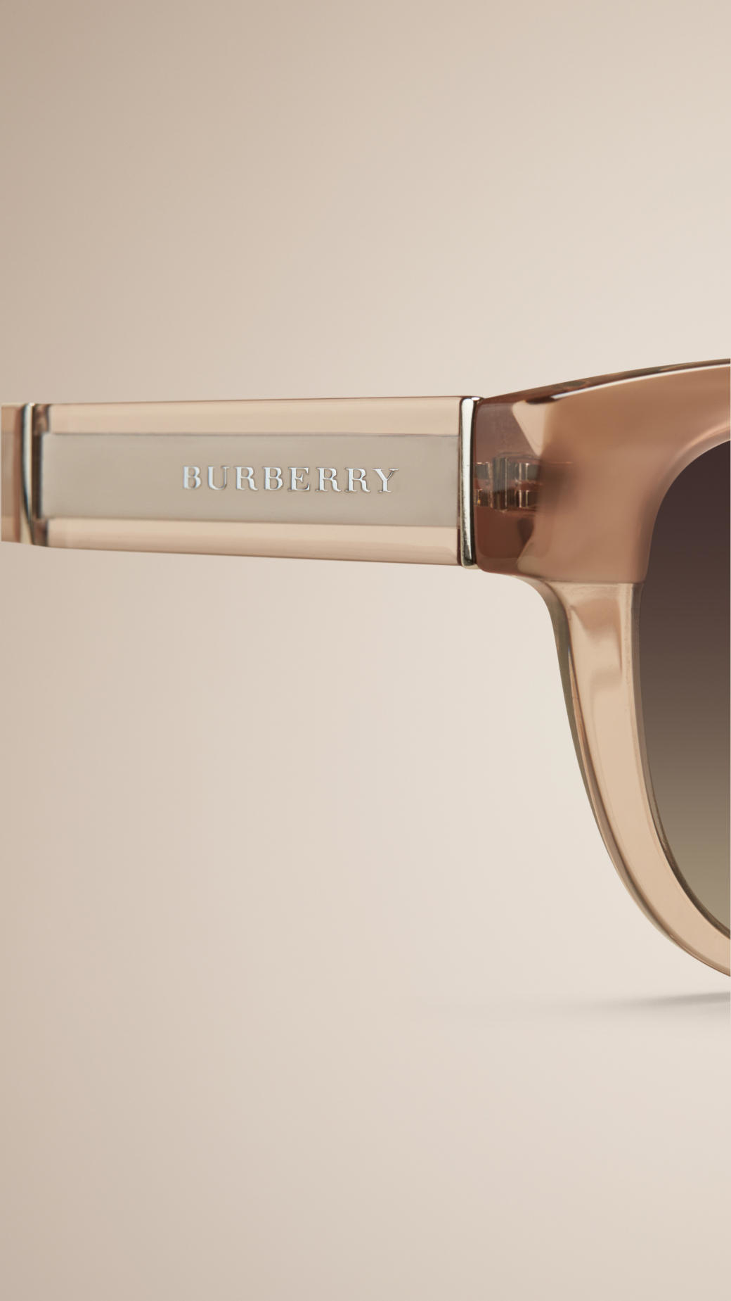 953a10330527 Burberry Cat-eye Sunglasses Nude in Natural - Lyst