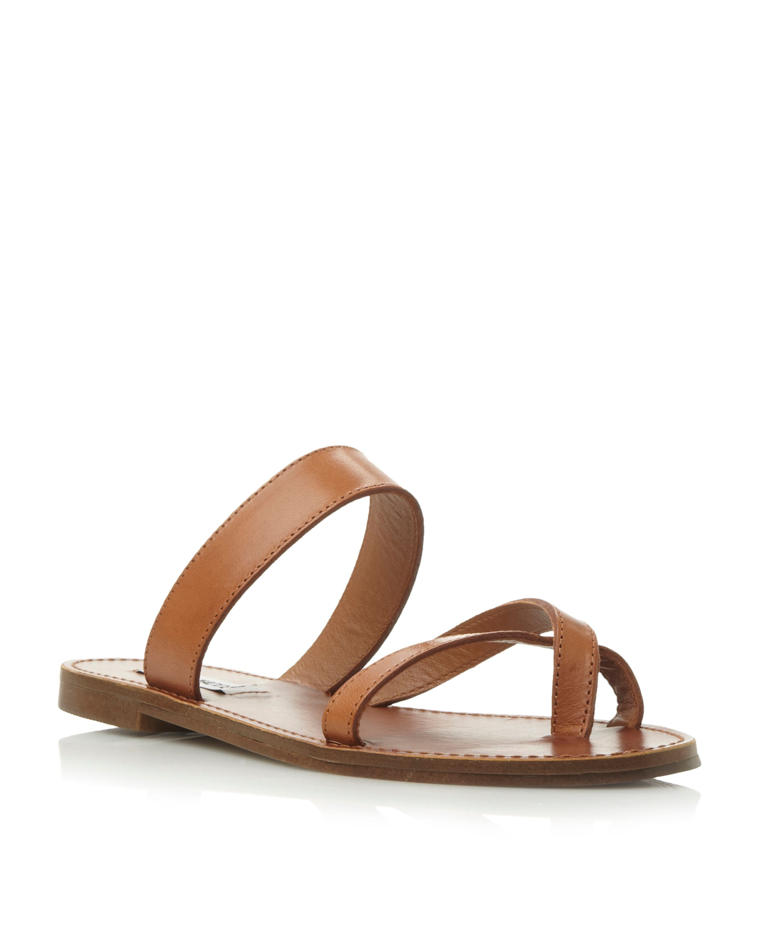 Steve Madden Aintso Sm Strappy Ring Toe Flat Sandal In