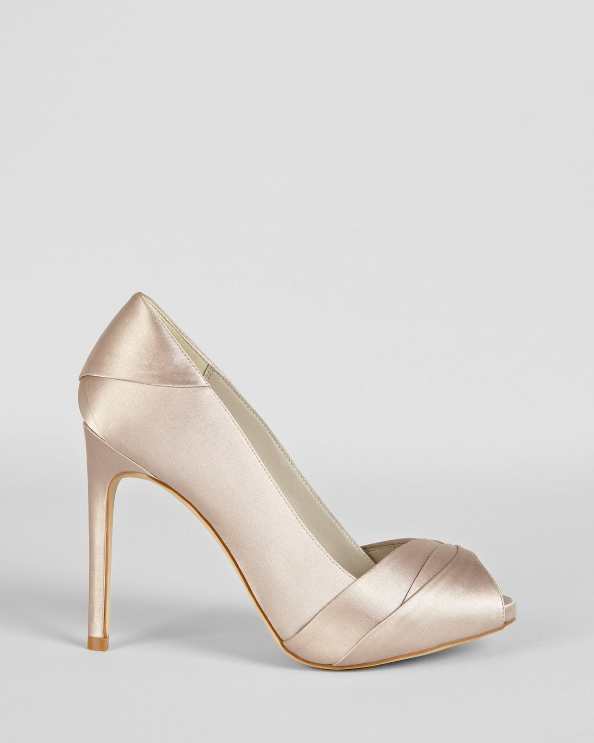 Karen Millen Satin Round-Toe Pumps discount fashion Style clearance really tumblr cheap top quality u6fBClt