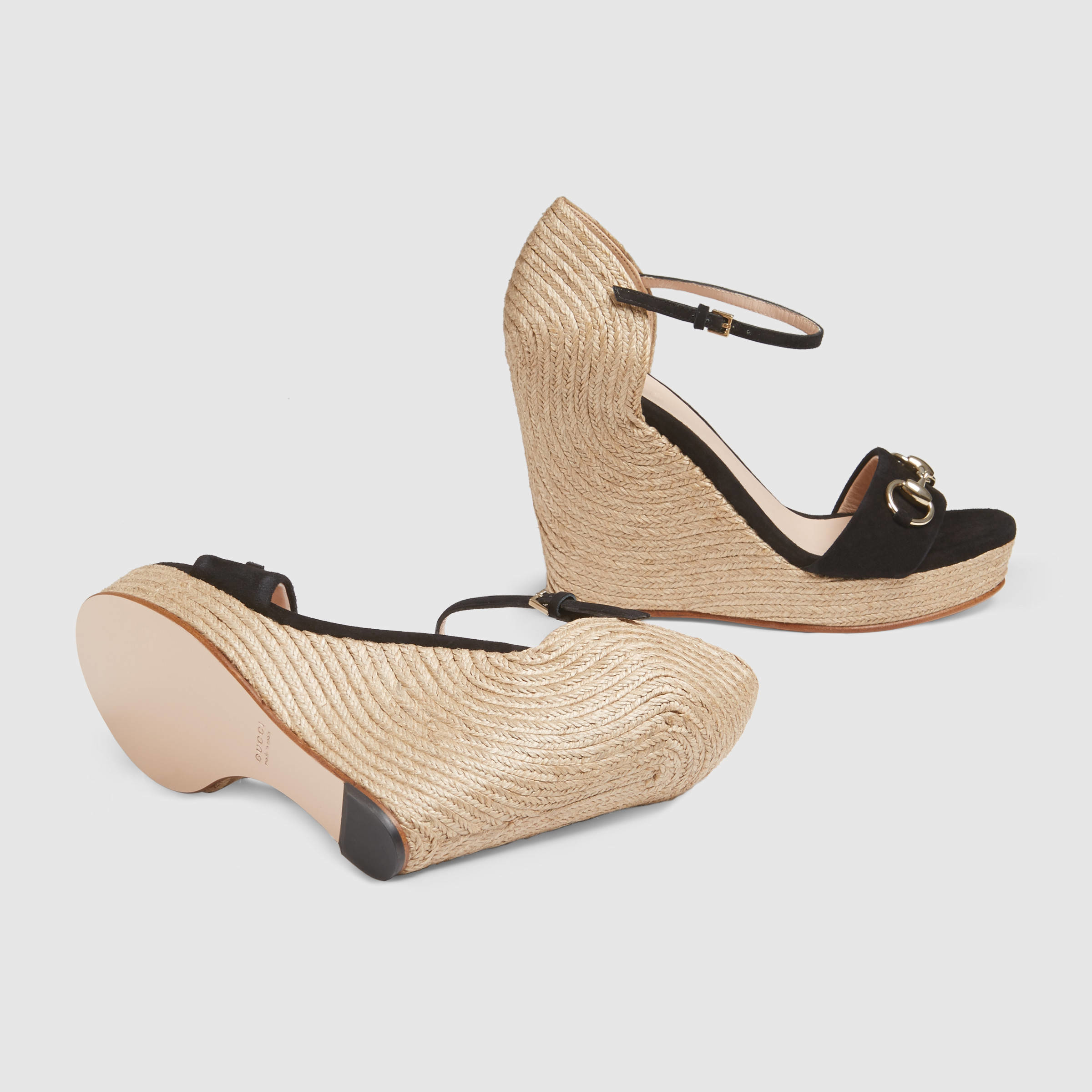 c41dd1f8bc42 Lyst - Gucci Horsebit Suede Wedge in Natural
