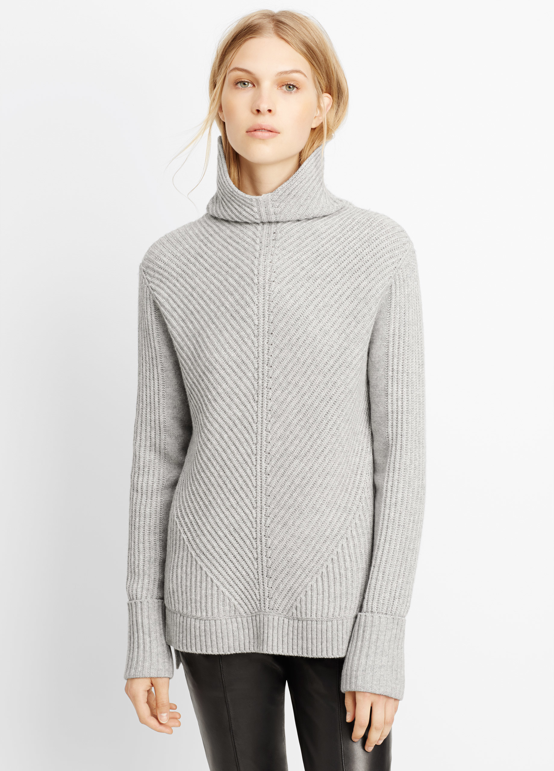 c6f0ed5612b Lyst - Vince Wool Cashmere Directional Rib Turtleneck Sweater in Gray