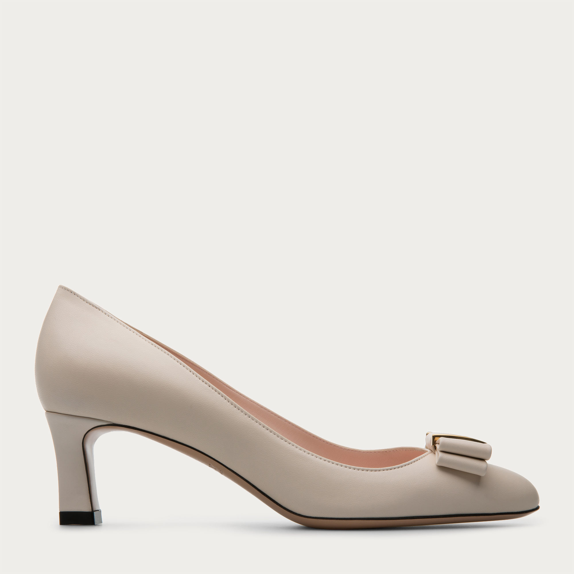 d9adc00c40d5 Bally Bellyna Women ́s Leather Pump In Bone in Natural - Lyst