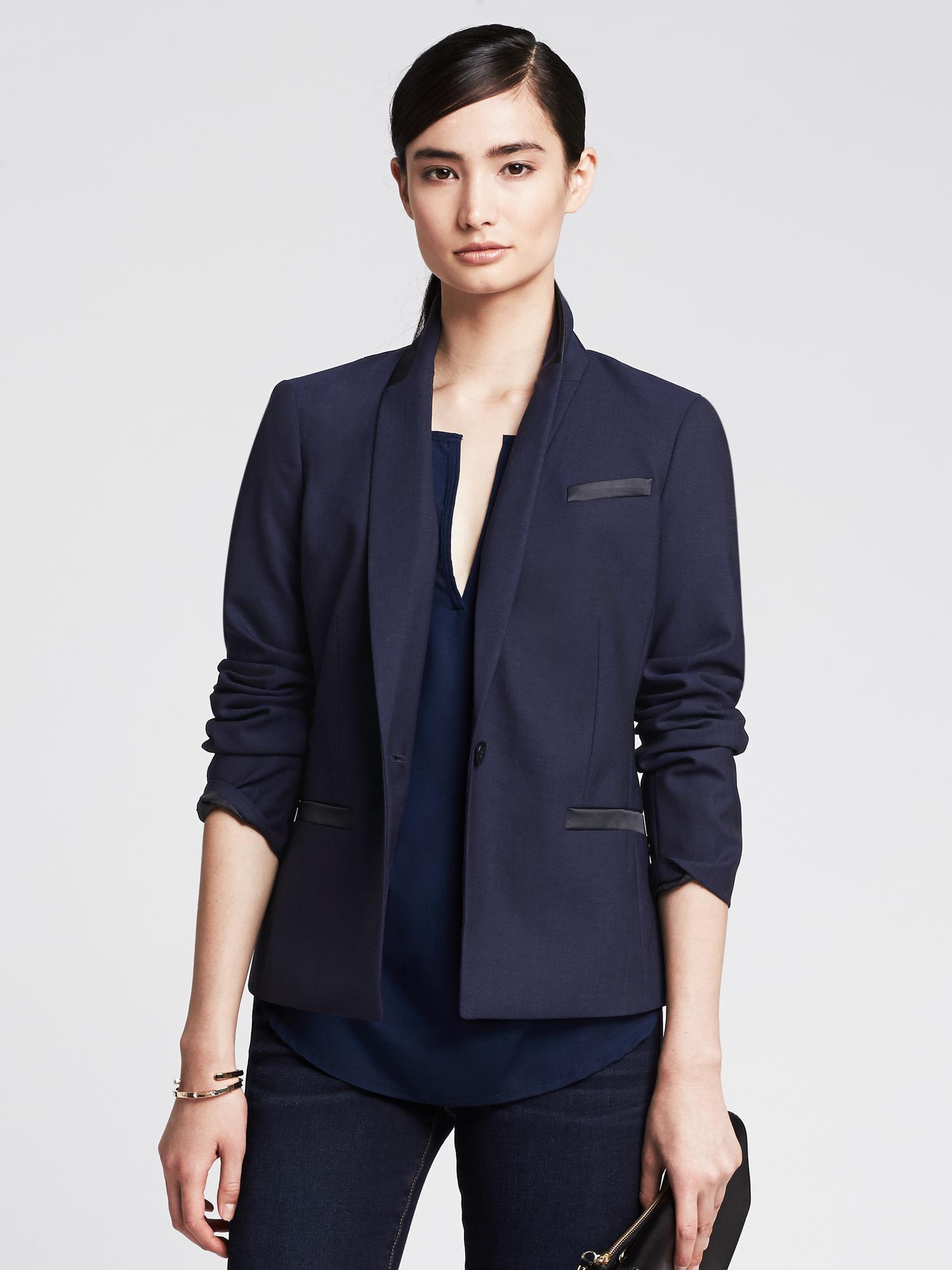 6662a15c2c9 Banana Republic Navy Lightweight Wool Tuxedo Blazer in Blue - Lyst