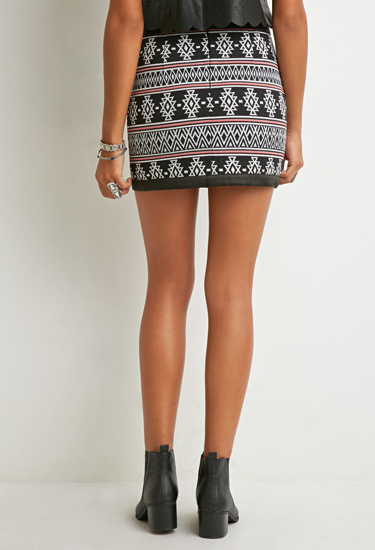 Forever 21 Southwestern-patterned Mini Skirt in Black | Lyst
