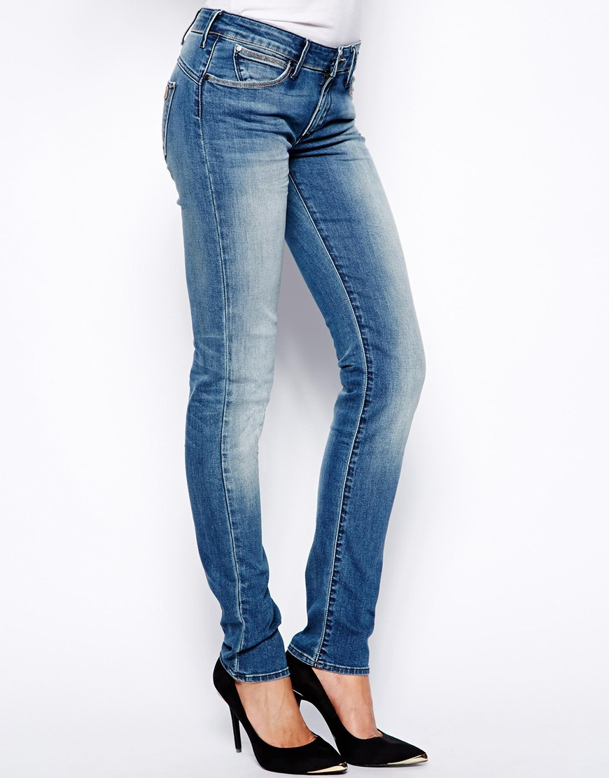 d8550835 Wrangler Molly Low Rise Slim Jeans in Blue - Lyst