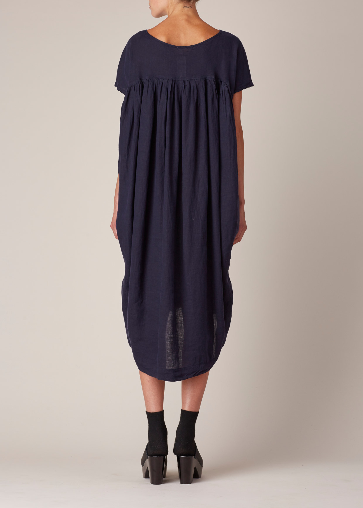c929a3d2cd7 Black Crane Navy Cocoon Dress in Blue - Lyst