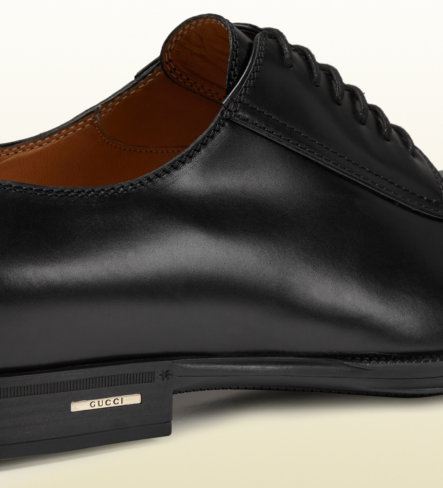 gucci brushed leather lace up shoe in black for lyst