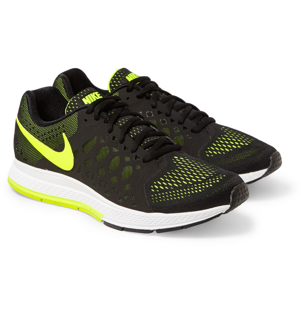 nike air zoom pegasus 31 in yellow for men black lyst. Black Bedroom Furniture Sets. Home Design Ideas