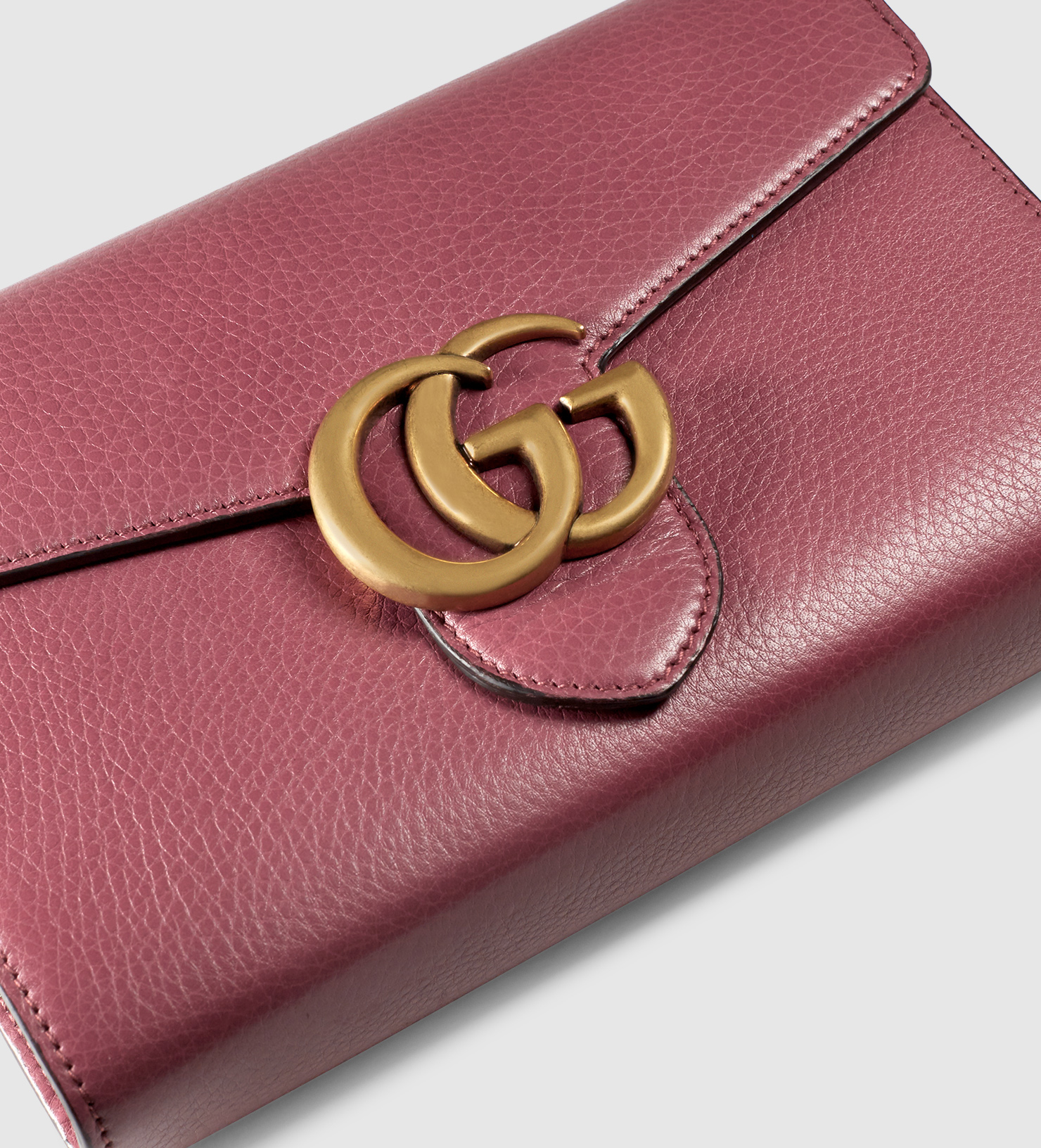 8f2b9f4693d Lyst - Gucci Gg Marmont Leather Chain Wallet in Purple