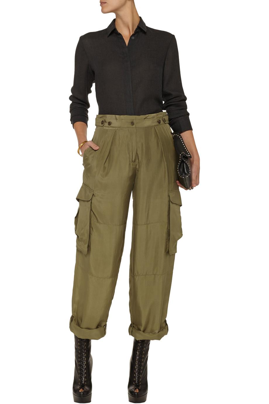Alexander mcqueen Silk Cargo Pants in Green | Lyst