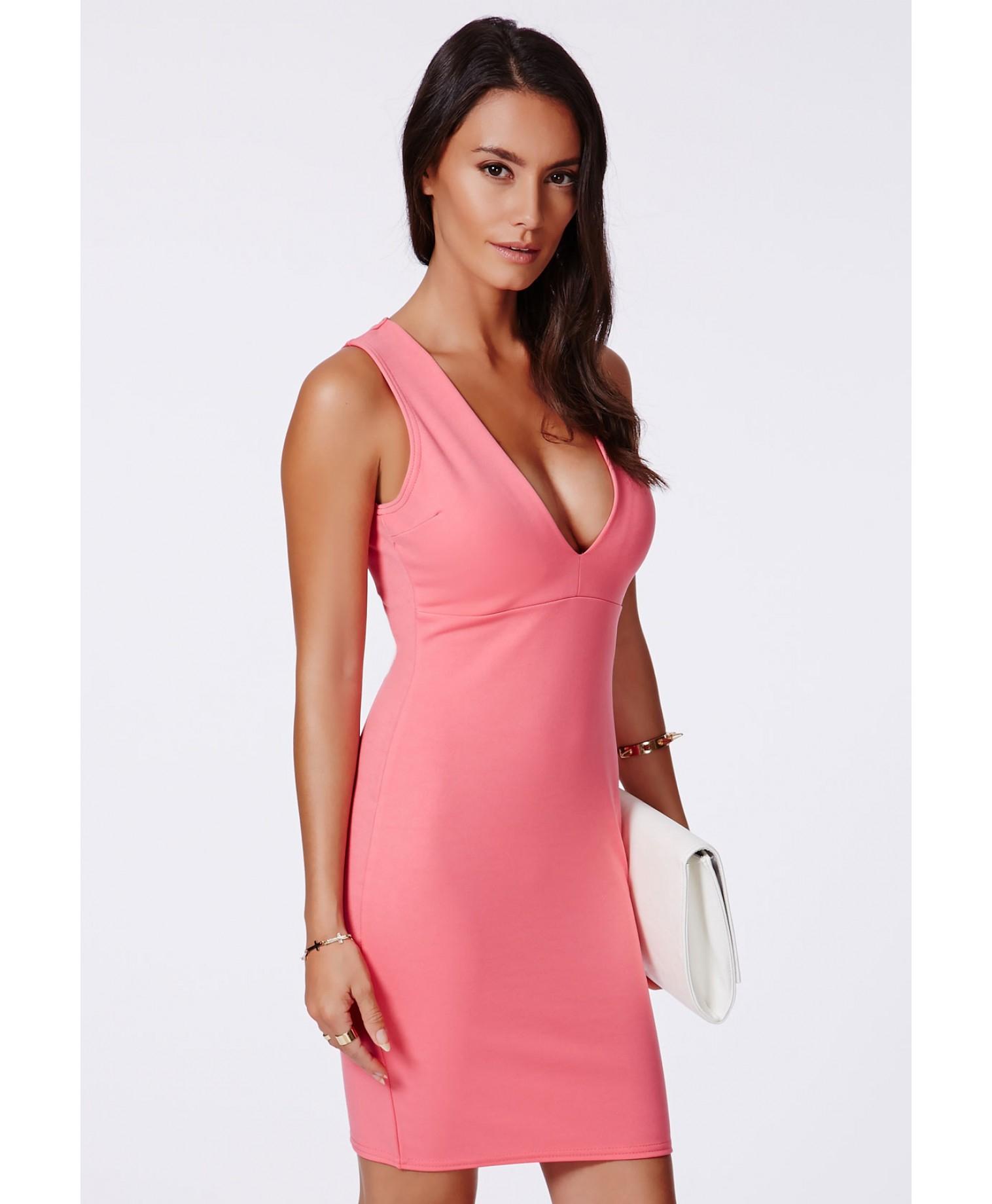 b056f2cea78f Lyst - Missguided Kesari Coral Plunge Neck Bodycon Mini Dress in Pink