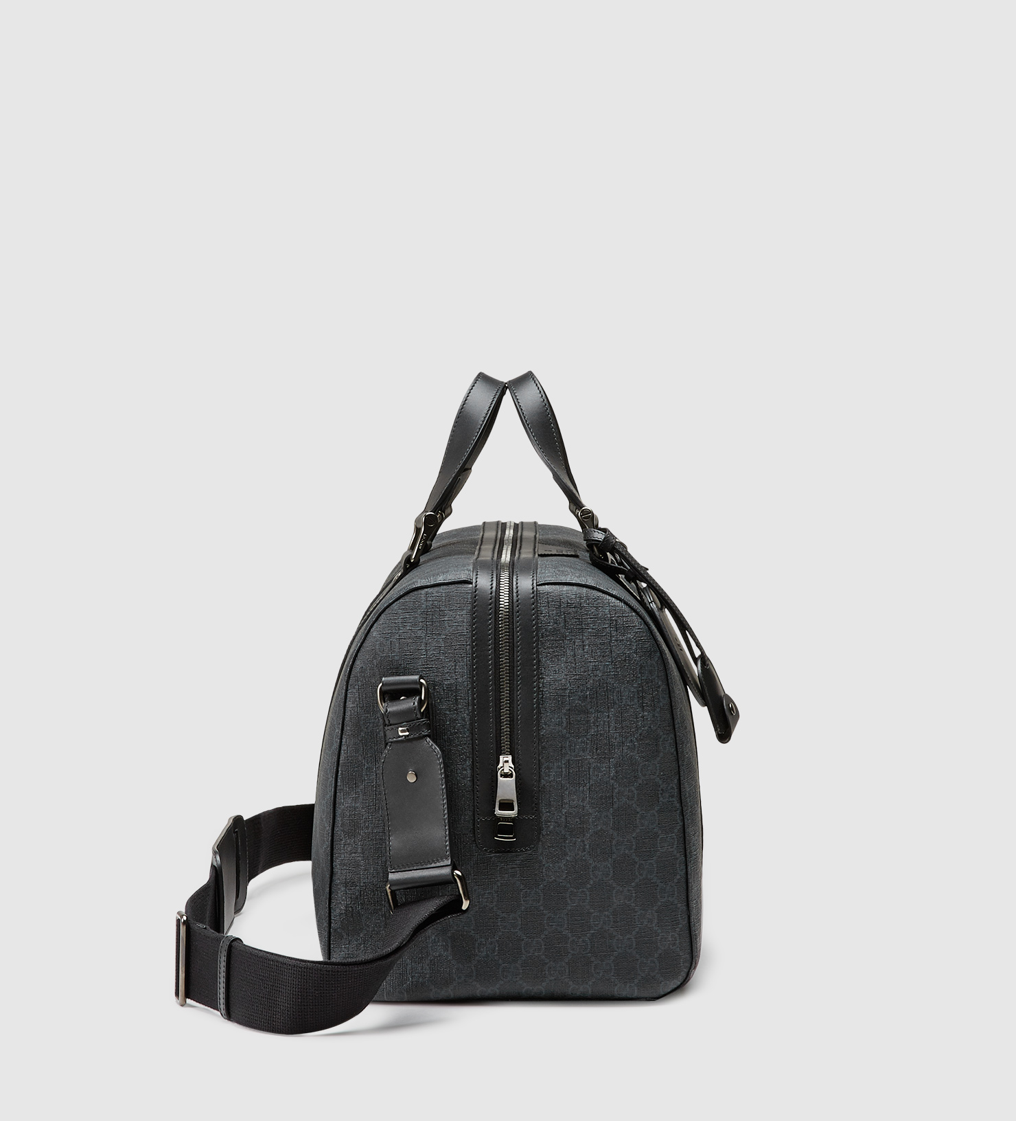 8fcb973d36c1 Gucci Gg Supreme Canvas Carry-on Duffle Bag in Black for Men - Lyst