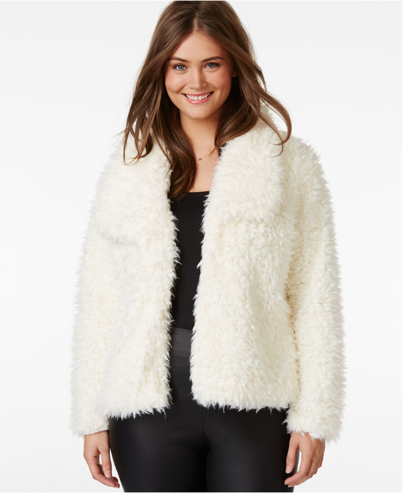 20 Style Tips On How To Wear A Fur Vest
