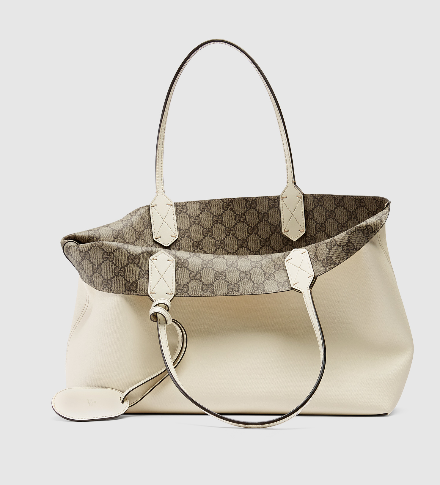 ad049a6090bf Gucci Reversible Gg Leather Tote in Natural - Lyst