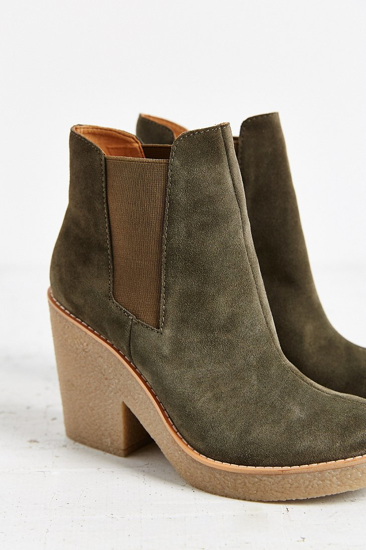 outfitters posey gumsole boot in green lyst