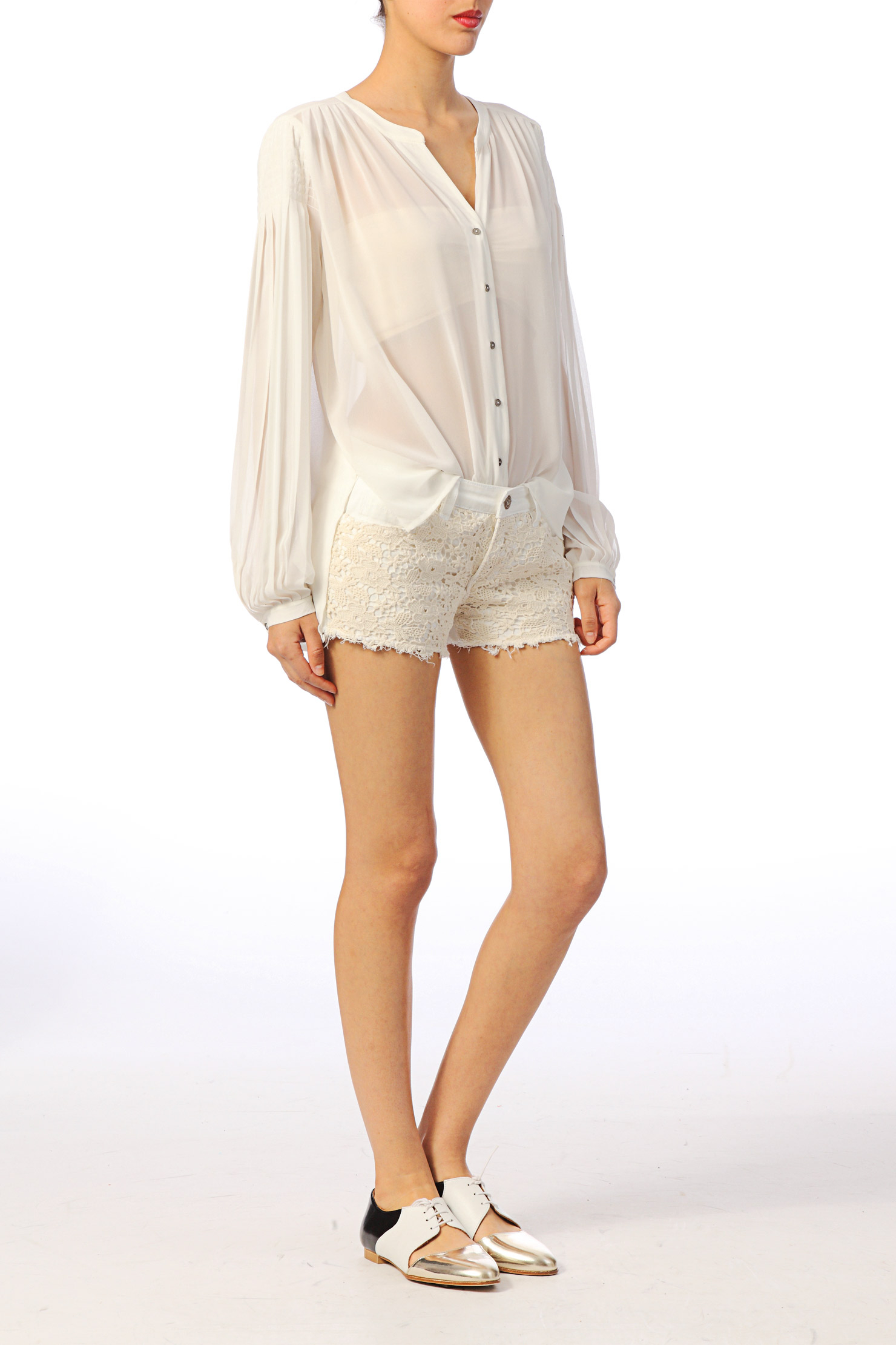 vero moda shirt blouse in white lyst. Black Bedroom Furniture Sets. Home Design Ideas