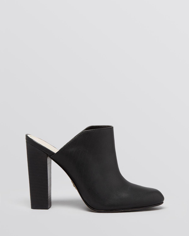 853909bbd63 Lyst - Pour La Victoire Slide Mule Pumps - Verdi High Heel in Black