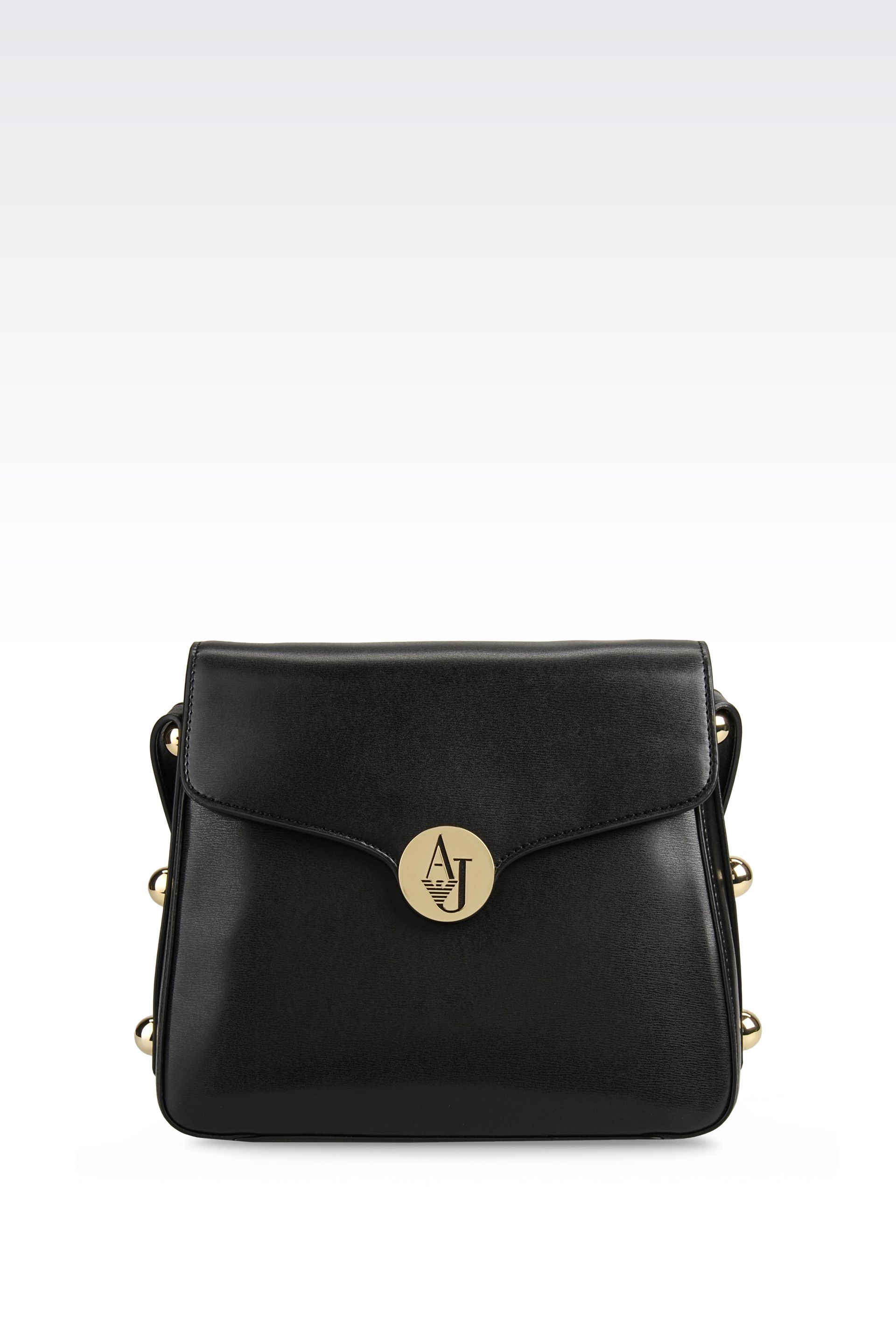 Sac A Bandouliere Armani Femme : Armani jeans shoulder bag in glossy faux leather black