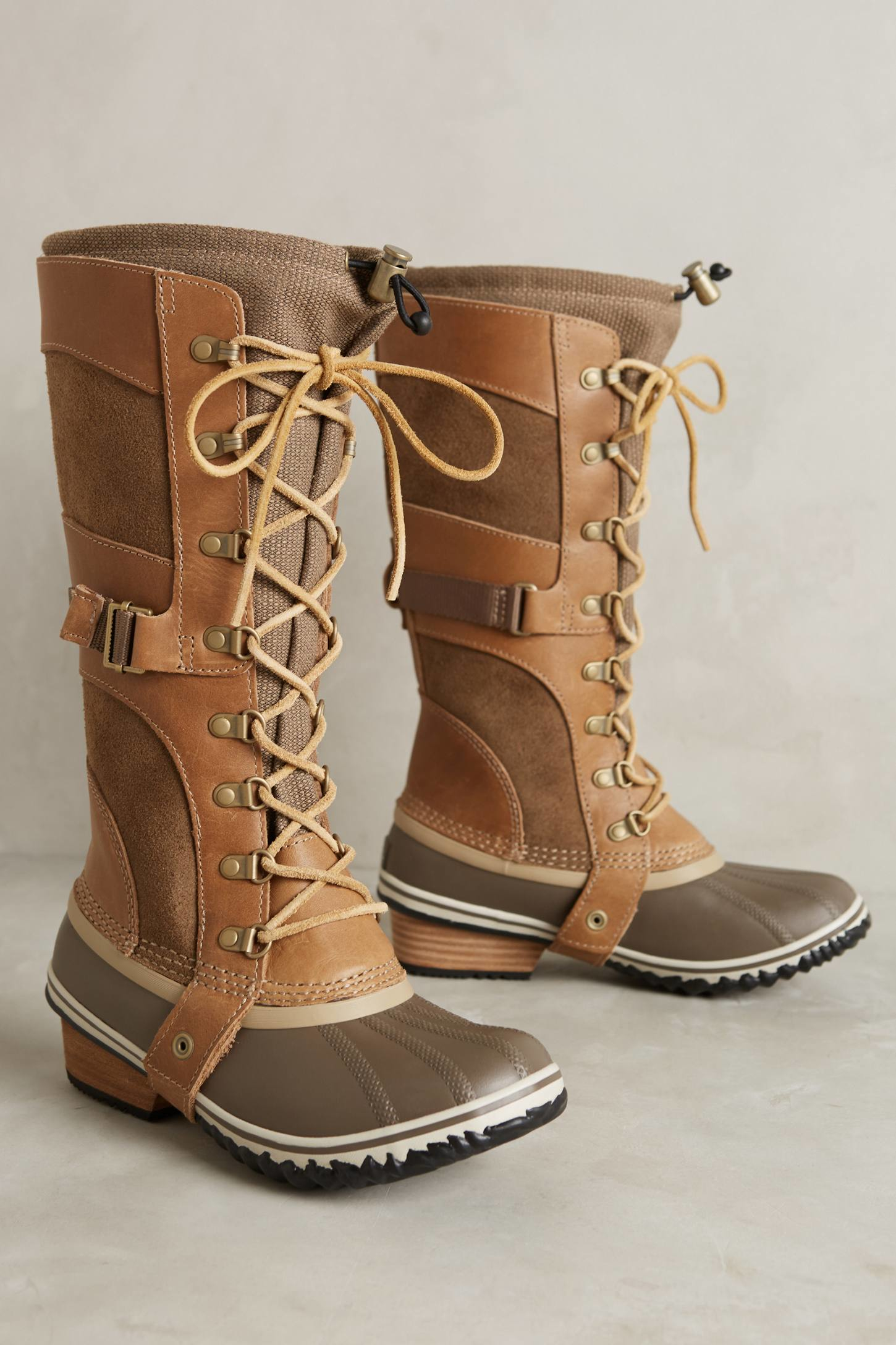sorel conquest boots in brown lyst