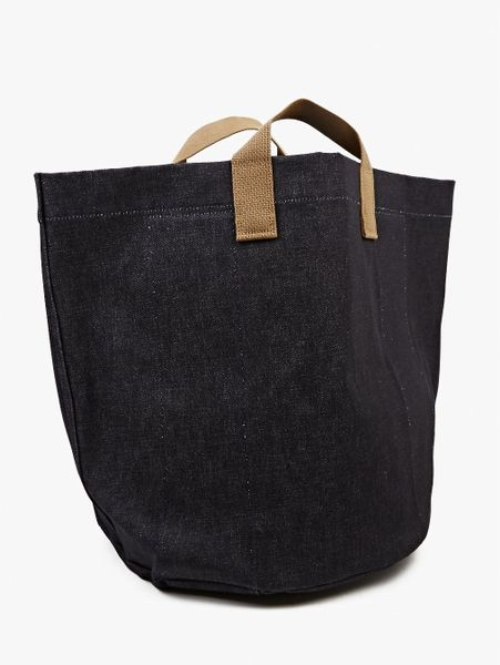 Comme Des Gar 231 Ons Indigo Denim Round Tote Bag In Blue For