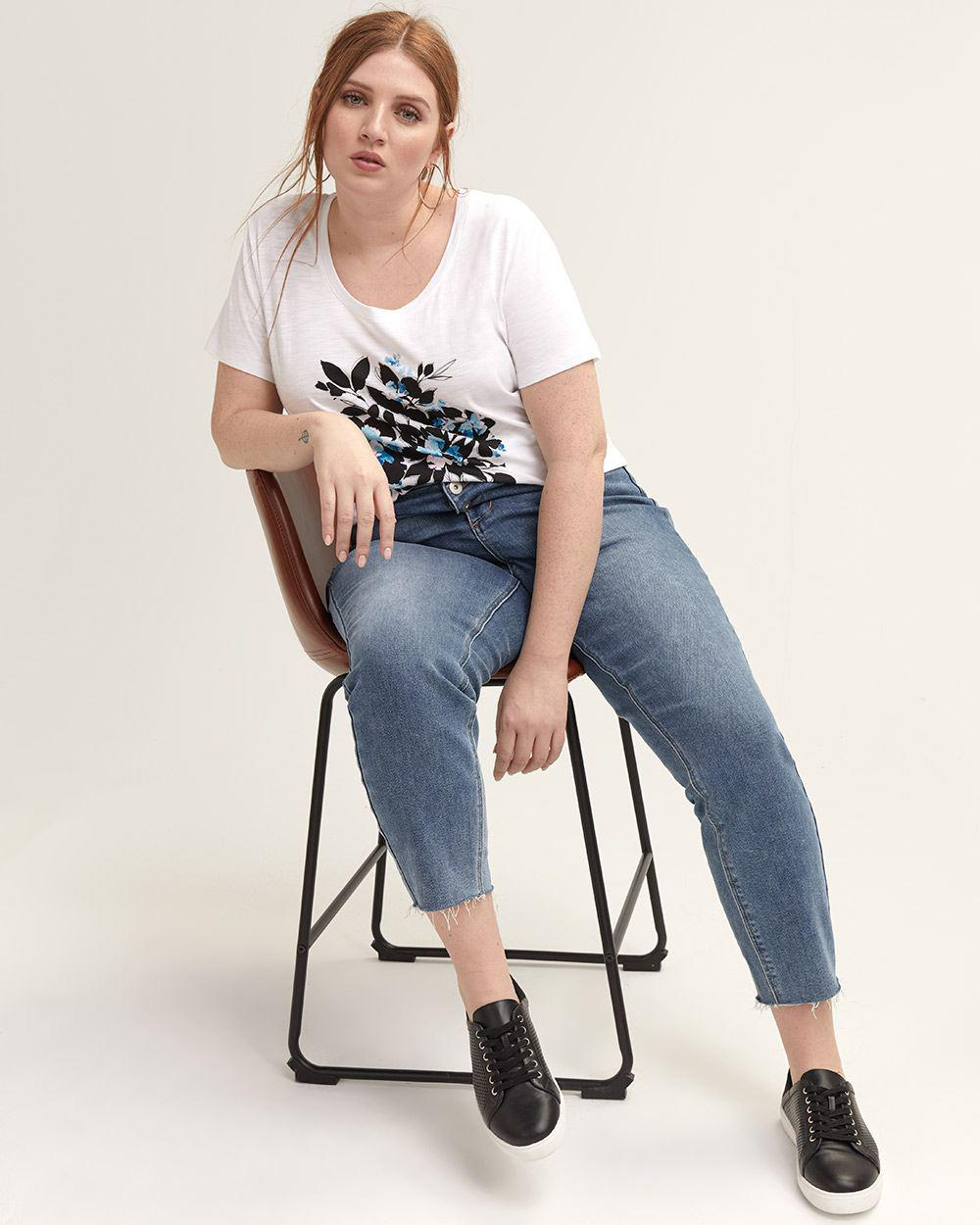 acb2c027e07fe Lyst - Addition Elle Graphic Scoop-neck Boyfriend T-shirt - L l in White