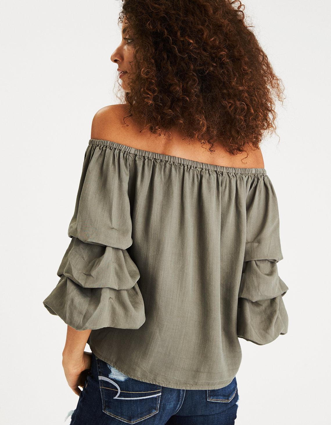 09df642af55 American Eagle Off-the-shoulder Tiered Puff Sleeve Top in Green - Lyst