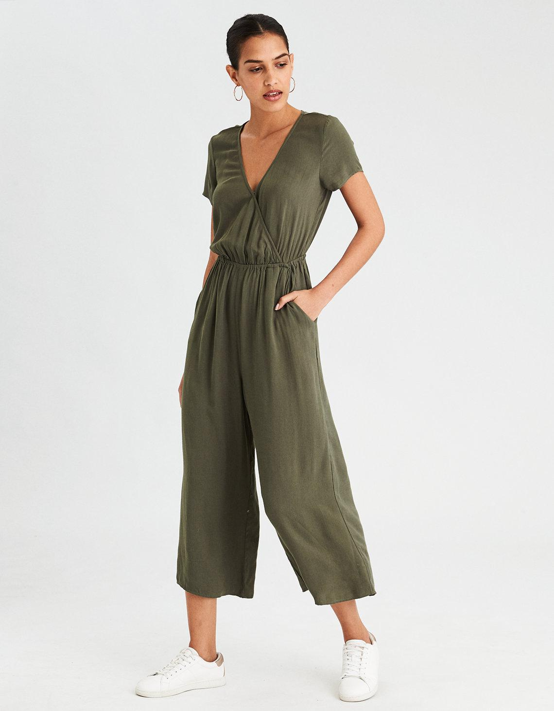 6400754aa3d Lyst - American Eagle Ae Easy Culotte Jumpsuit in Green
