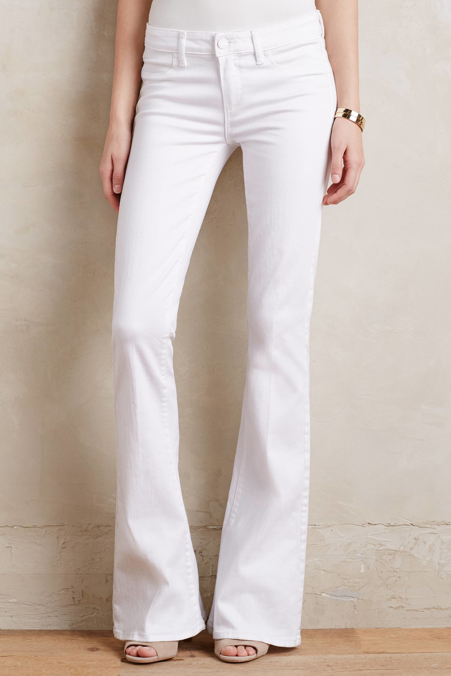 Paige Lou Lou Mid-rise Petite Flare Jeans in White | Lyst