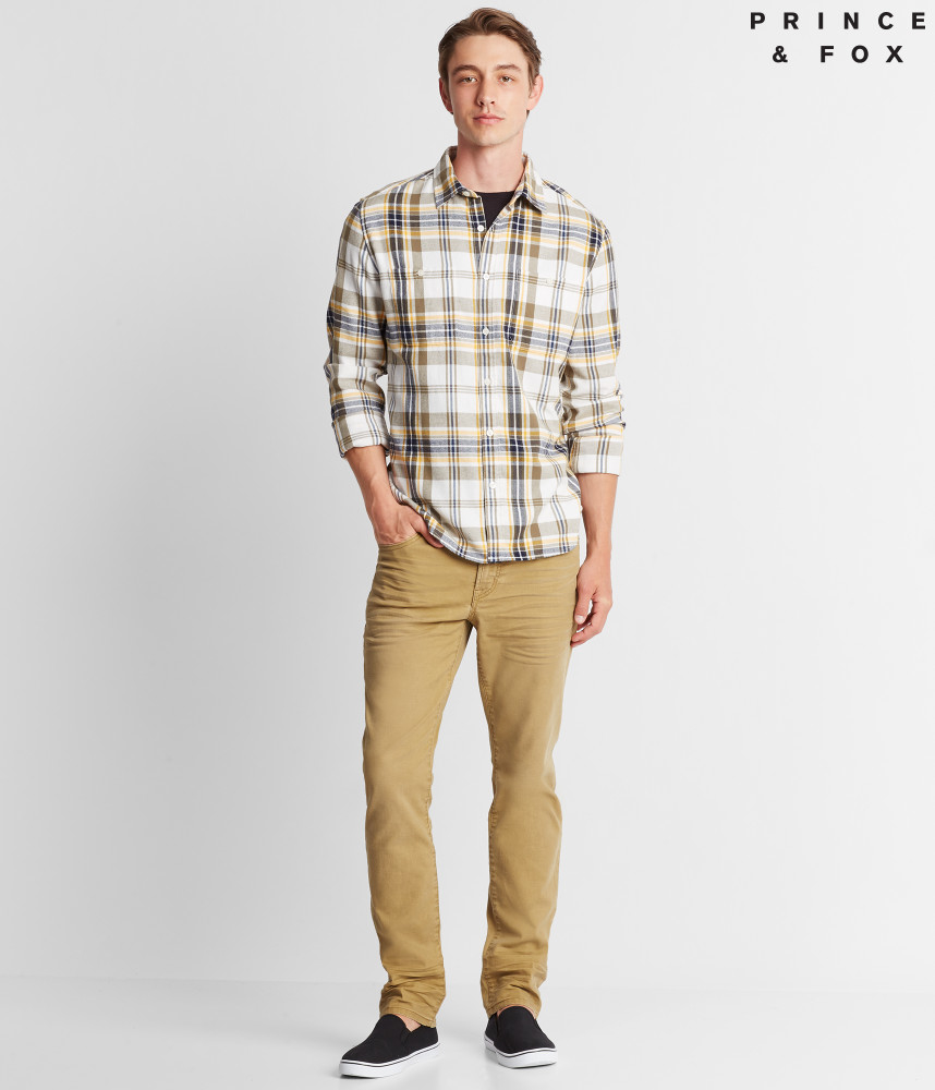 20 Stylish Flannel Shirts to Get You Ready forFall forecast