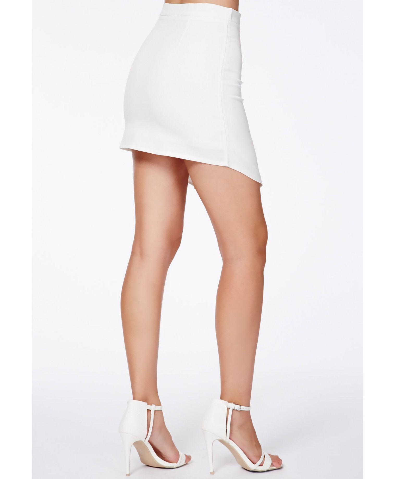 Missguided Aubrey White Wrap Over Mini Skirt With Zip Detail in ...