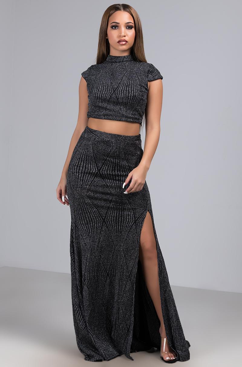 90d47cb4e AKIRA A Lil Somethin Pleated Glitter Maxi Skirt in Black - Lyst