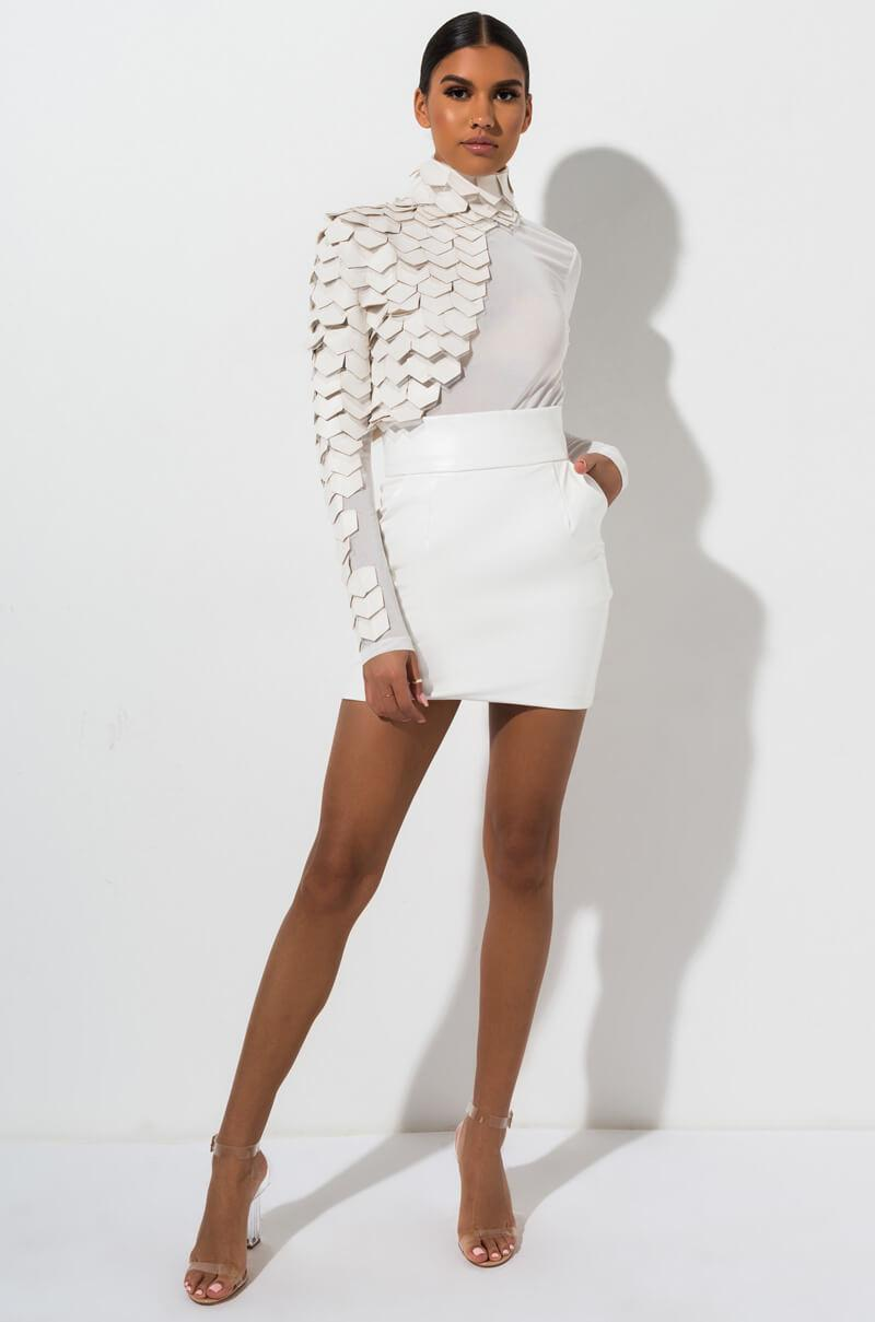 003a2e38a AKIRA Big Booty Pleather Skirt in White - Lyst